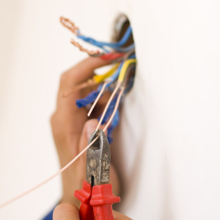 We Provide Residential & Commercial Electrical Services!